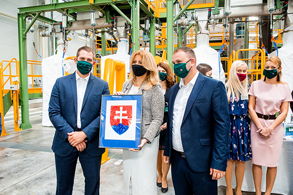 President of the Slovak Republic, Zuzana Čaputova, visits Ekolumi, part of Romanian Green Group recycling park