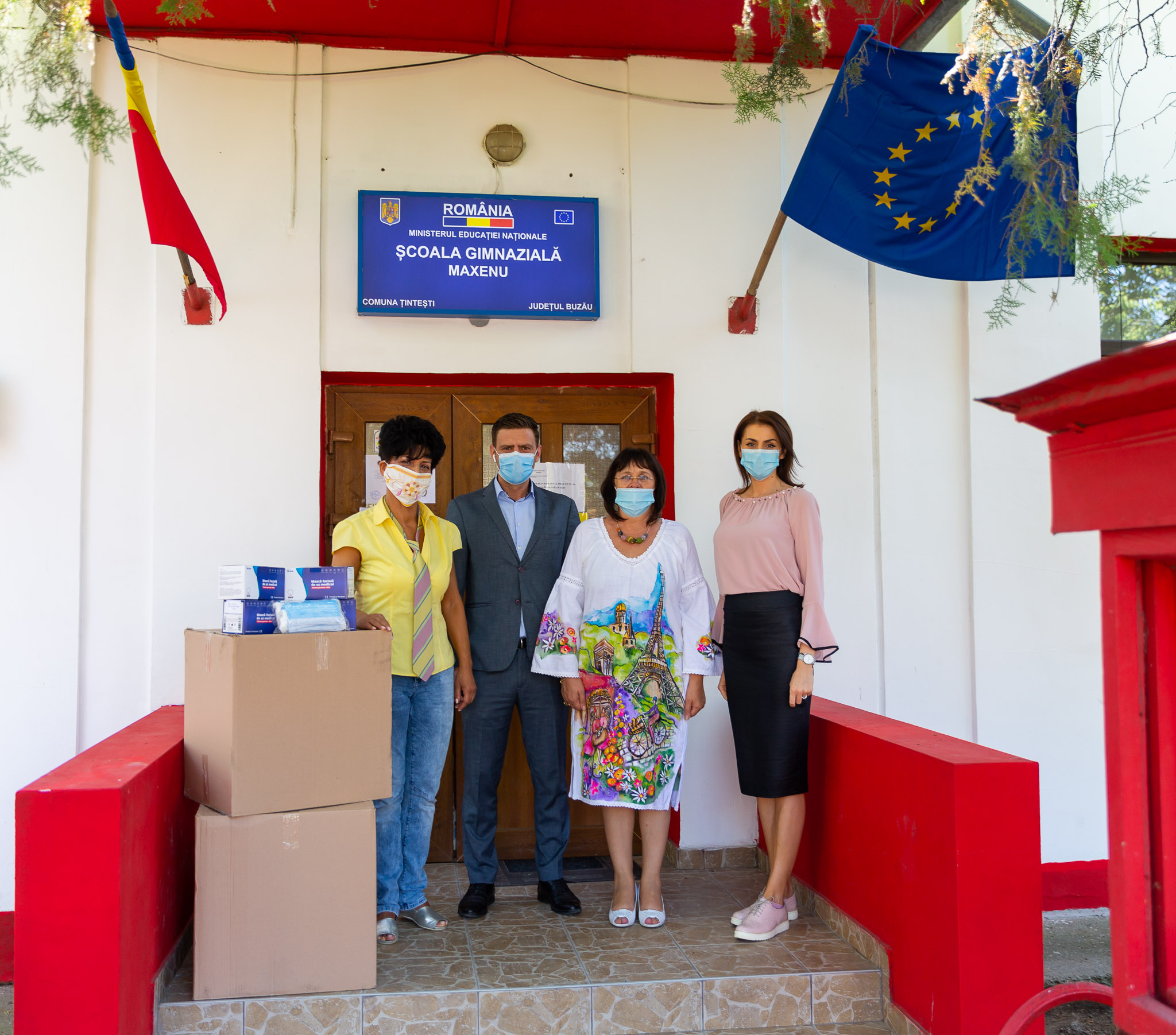 Green Group donates 30,000 protection masks to pupils enrolled in Maxenu School of Tintesti Township